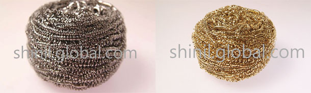 Stainless-steel-scourer